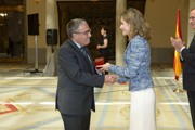 Angel Ros collects the Queen Letizia Award for Universal Accessibility of Municipalities