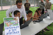 Introduction of internet services at Lleida's municipal swimming pools.